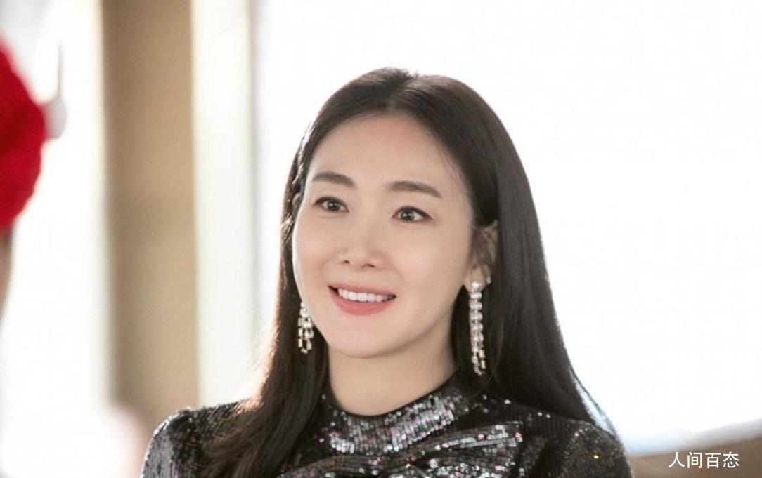 崔智友产女 老公是小9岁IT公司代表