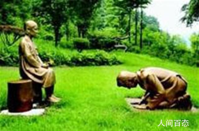 韩国新建男子向慰安妇道歉雕像 外貌很像日本现任首相安倍晋三