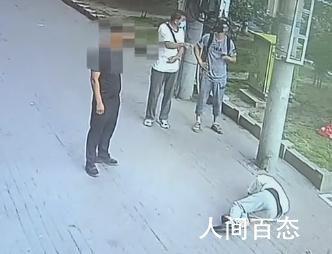 提供坠猫砸人视频老板玻璃被砸 目前已报警处理