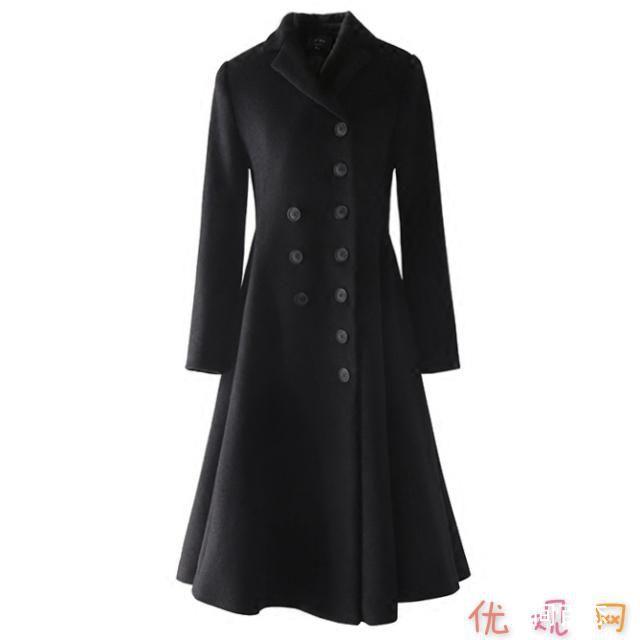 穿大衣这么背包最时髦 打破冬日的沉闷