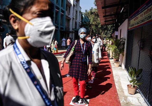 孟买1300多栋居民楼因疫情被封闭 逾7万人被要求居家隔离