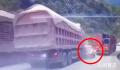 云南三车追尾5死1伤 事故原因正在进一步调查中