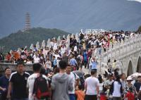 中秋假期国内旅游超8815万人次 实现国内旅游收入371.49亿元